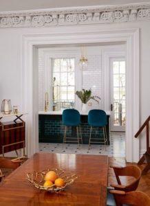 crown-molding-door