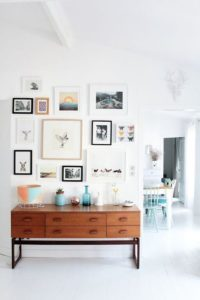 gallery-wall-renovation-on-a-budget