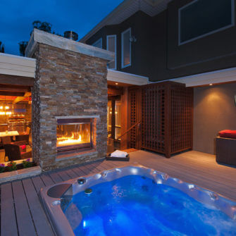 Romantic New Fireplace Hot Tub - Ribs and Relaxation