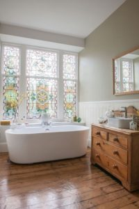 stained-glass-bathroom