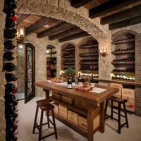 wine-cellar-tasing-room